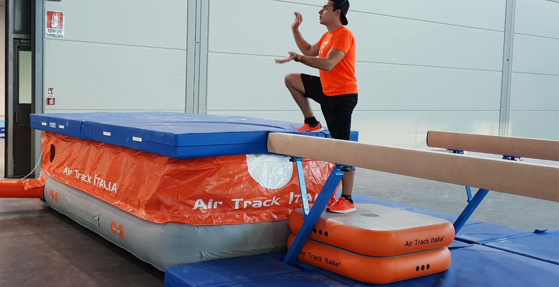 Uso di CUBOTTO | Air track Air Track Italia®